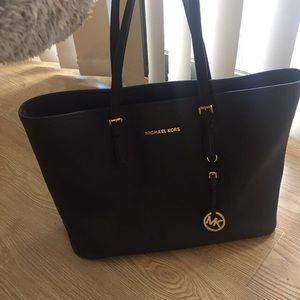 Handbags - Black Michael Kors neverfull style bag